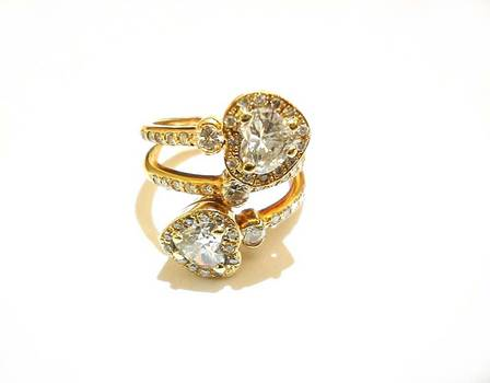 Estate Gold 3ct 2x Heart shape Diamond ring R