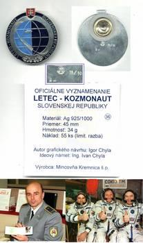 1999 SLOVAKIA pilot cosmonaut astronaut badge