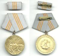 1980 Germany DDR Army brothers medal NICE