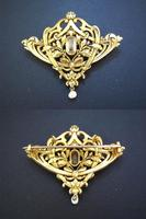 Art Nouveau Hand Carved Gold brooch 18K RARE