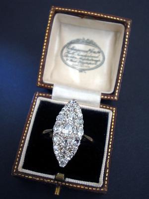 Silver Jewelry With Diamonds